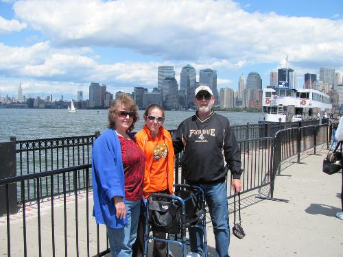 6/2010 Mandy, her mom and Ray in New Jersey (New York in the background)