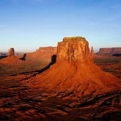 Reminds me of our trips out west to Monument Valley near the Utah, Arizona border. The Wonder and beauty of Gods creation.