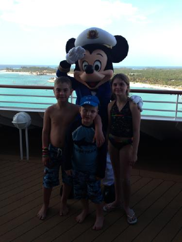 Make-A-WIsh families had a little party with Captain Mickey!
