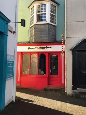 Matt's friends, Dave and Sandy, were traveling in Ireland and found this barbershop.  How appropriate... And dad is irish too!  😍